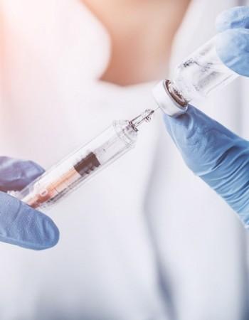 Santa Cruz do Capibaribe recebe 2.300 doses da vacina para iniciar campanha de imunização