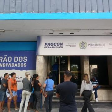 Procon realiza último mutirão do ano para renegociação de dívidas