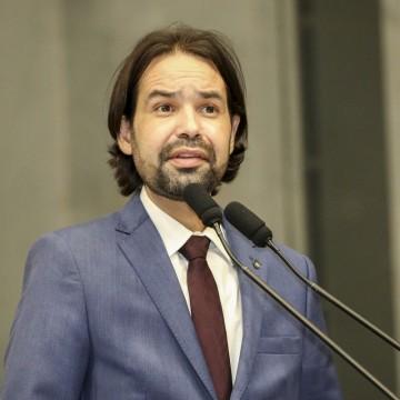 Deputado Diogo Moraes se manifesta  contra Bolsonaro