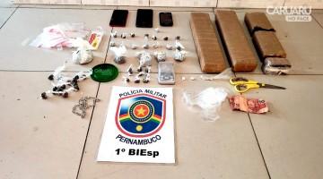 Polícia acaba de prender cinco pessoas com drogas no bairro do Salgado