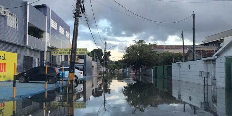 Preocupação dos moradores é quando chegar o período chuvoso diante da estrutura da cidade