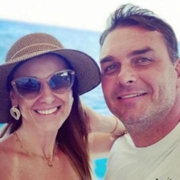 Flávio Bolsonaro justifica erro da equipe após pedir reembolso de voo a Noronha