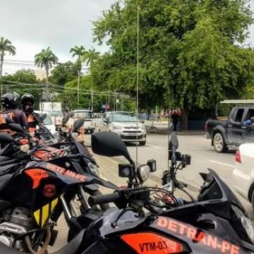 Detran-PE realiza ação de fluidez no trânsito no entorno dos hospitais da RMR