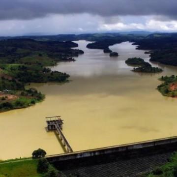Mudanças no rodízio da Compesa vai levar mais água a 430 mil pessoas no Grande Recife