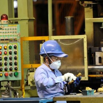 Confiança do empresário industrial pernambucano volta a ficar positiva