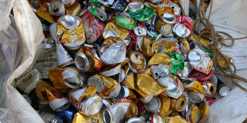 Segundo associação do setor, país reciclou 97% das latas vendidas