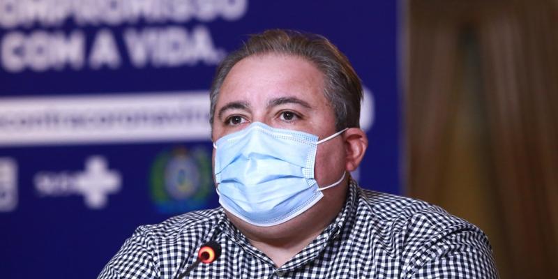 Estado registra 15.844 casos entre profissionais de saúde, com 53 mortes confirmadas