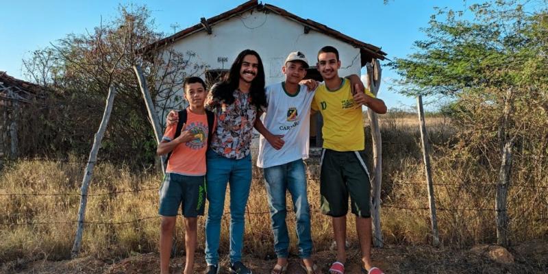 O filme foi produzido por estudantes da Escola Municipal Alfredo Pinto Vieira de Melo, zona rural de Caruaru.