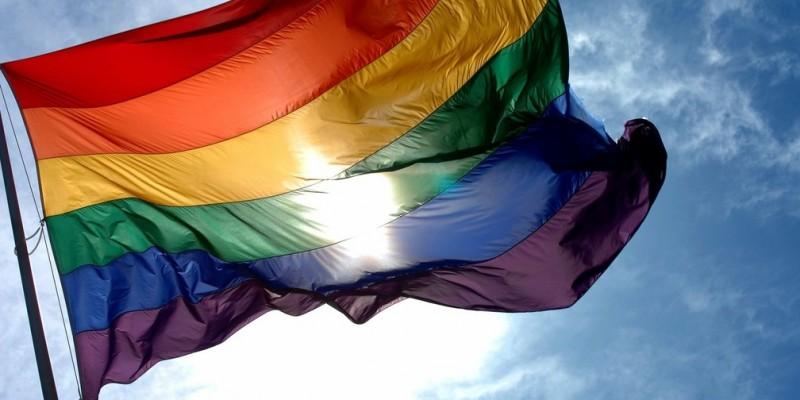 Trans teve 40% do corpo queimado por um adolescente, no Cais de Santa Rita, no dia 24 de junho