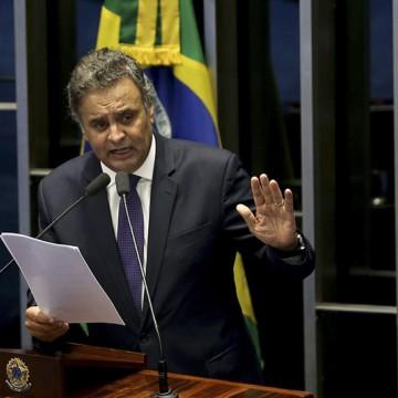 Direção do PSDB decide nesta quarta se manda ou não Áecio ao  Conselho de Ética