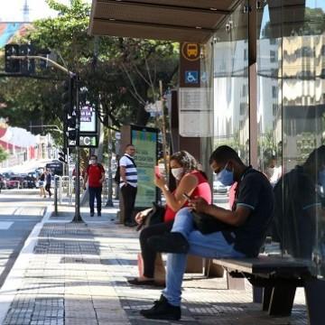 Menos de 25% das ocupações no Brasil têm potencial para adotar home office