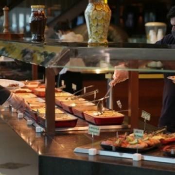 Bares e restaurantes sem capital para pagar imposto