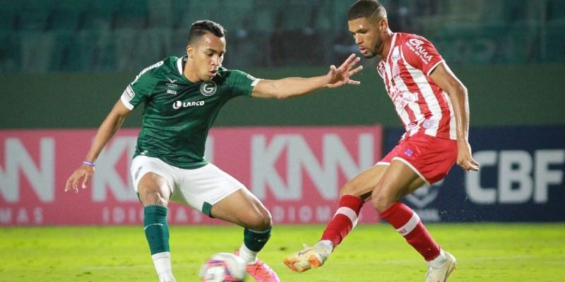 Timbu vence graças a gol de falta de Jean Carlos