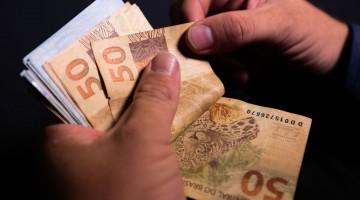 SALÁRIO MÍNIMO DEVE AUMENTAR PARA R$ 1.088 EM 2021