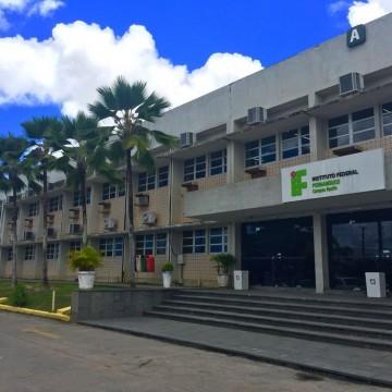 IFPE abre seleção para especialização em docência