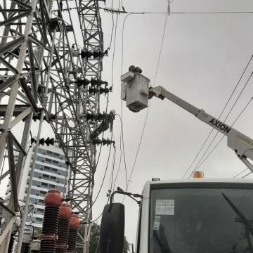 Bairros do Recife ficam sem energia após problemas em subestação da Celpe