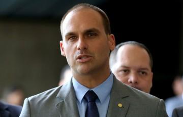 Família de Bolsonaro admite deixar o PSL