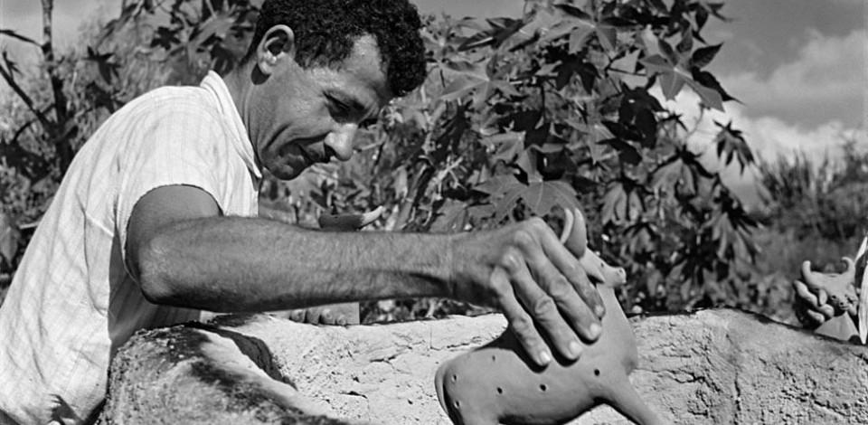 Alepe concede a Vitalino titulo de  Patrono da Arte do Barro de PE