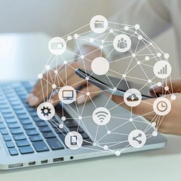 Á tecnologia em tempos de pandemia