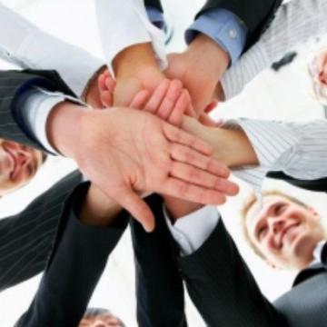 Empresários compartilham no Recife a experiência de empresas familiares