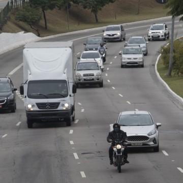 Campanha eleitoral: mudanças no uso e adesivação dos veículos devem ser reportadas às seguradoras