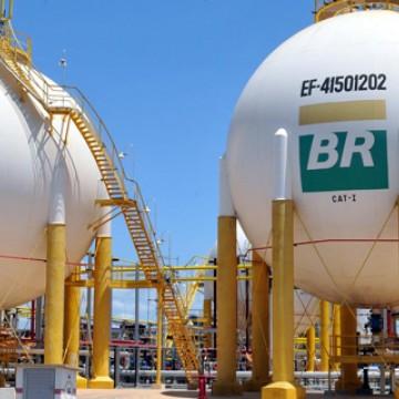 Petrobras aumenta diesel em 7% e gasolina em 5% nas refinarias