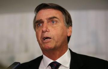"""Bolsonaro prevê fechamento do jornal """"Valor Econômico"""""""