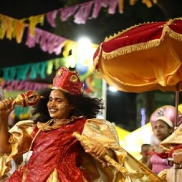 Recife abre ciclo momesco com mais de 50 atrações