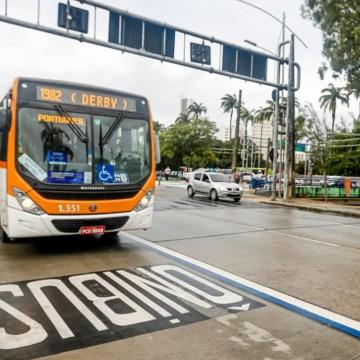 Fiscalização eletrônica entra em vigor na Agamenon Magalhães para coibir veículo particular na faixa de ônibus