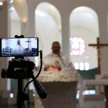 Pesquisa revela experiências religiosas da população durante a pandemia