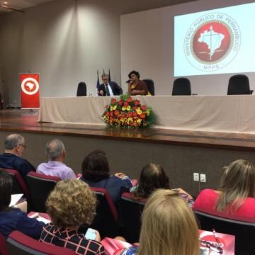 Seminário aborda mortalidade materna em Pernambuco