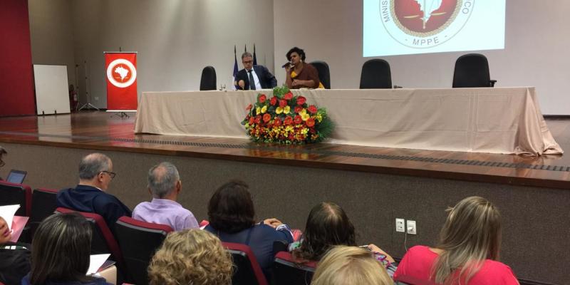 """Na ocasião, a professora Paula Gonzaga, da Universidade Federal do Sul da Bahia, abre a programação com a palestra """"Justiça reprodutiva"""""""